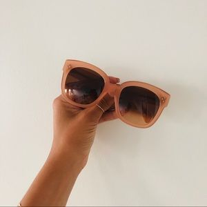 Cèline Women's Oversized Sunglasses